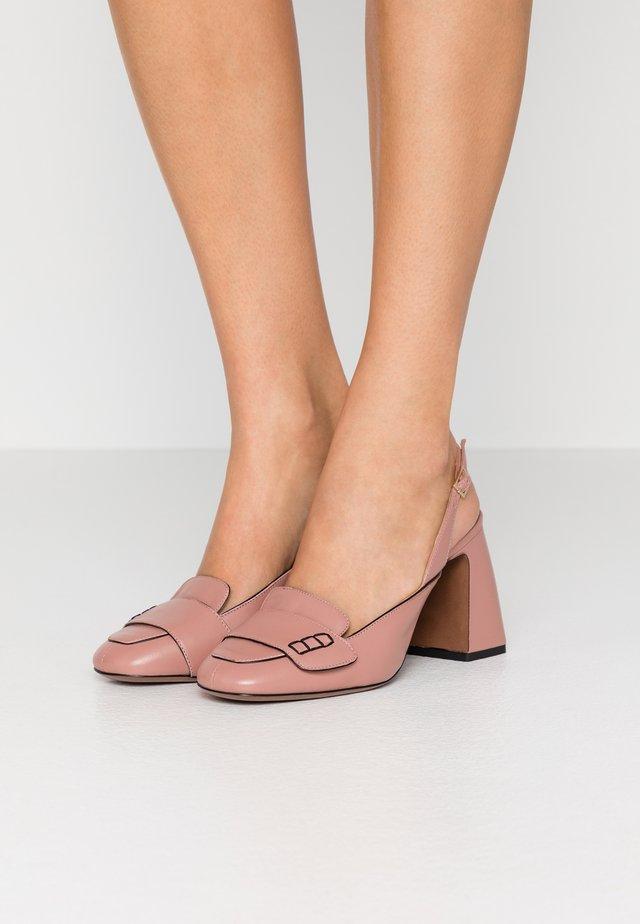 High Heel Pumps - ancient pink