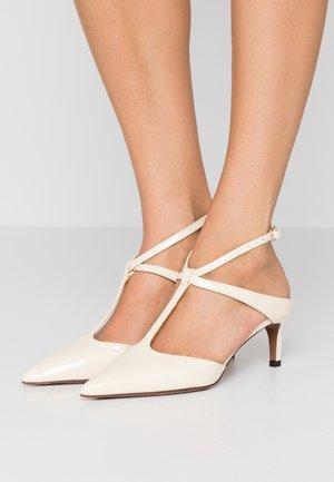 Classic heels - milk
