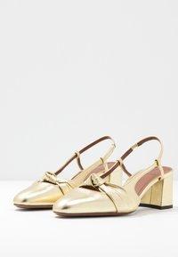 L'Autre Chose - Classic heels - platinum - 4
