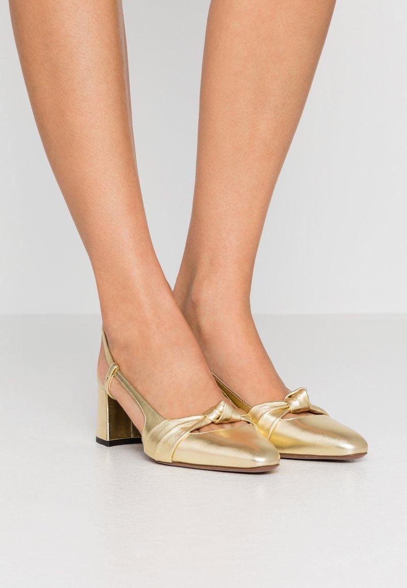 L'Autre Chose - Classic heels - platinum