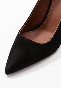 L'Autre Chose - High heels - black - 2