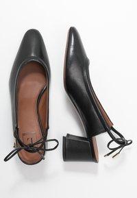L'Autre Chose - Classic heels - black - 3