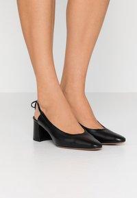 L'Autre Chose - Classic heels - black - 0
