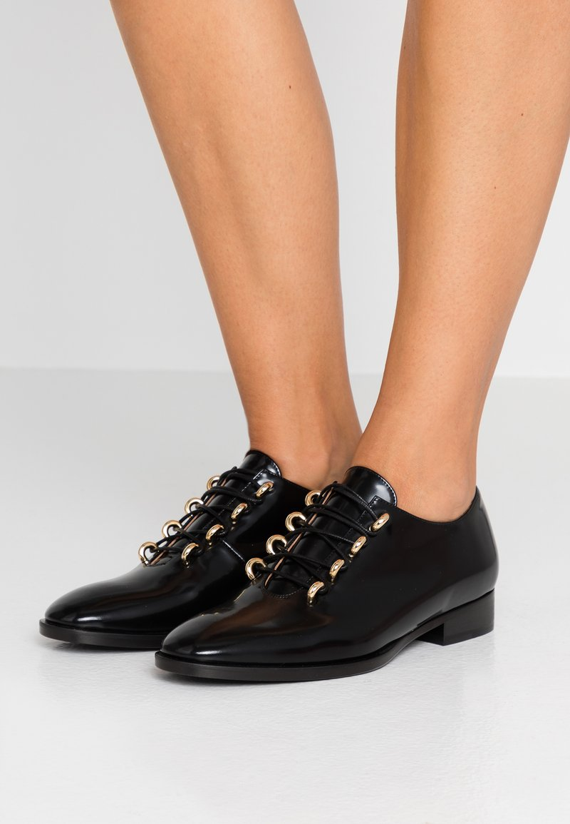 L'Autre Chose - Lace-ups - black