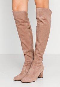 L'Autre Chose - Over-the-knee boots - nude - 0