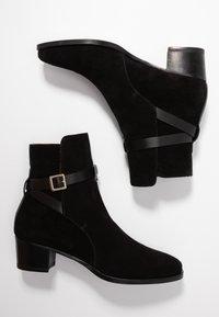 L'Autre Chose - Classic ankle boots - black - 3