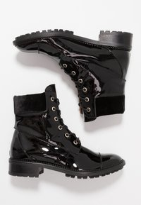 L'Autre Chose - Lace-up ankle boots - black - 3