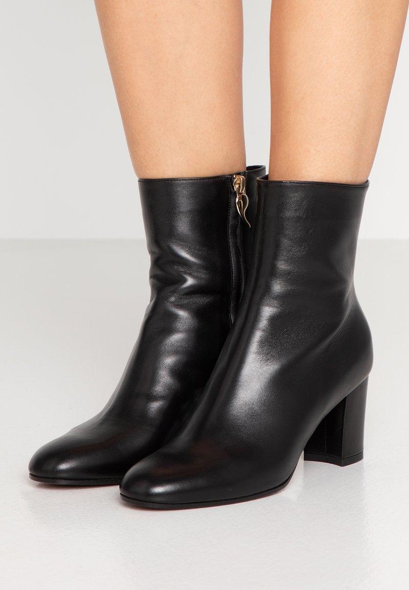 L'Autre Chose - Højhælede støvletter - black