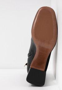 L'Autre Chose - Højhælede støvletter - black - 6