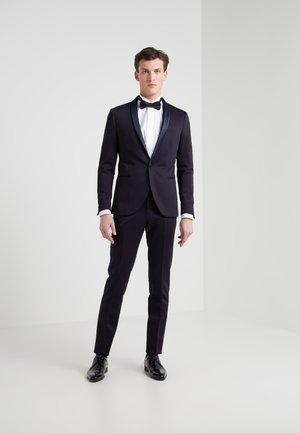 Suit - dark navy