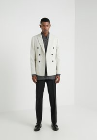 Lab Pal Zileri - DOUBLE BREASTED BLAZER - Giacca - beige - 1