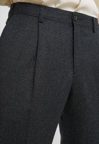 Lab Pal Zileri - Spodnie garniturowe - grey - 4