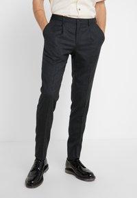 Lab Pal Zileri - Spodnie garniturowe - grey - 0