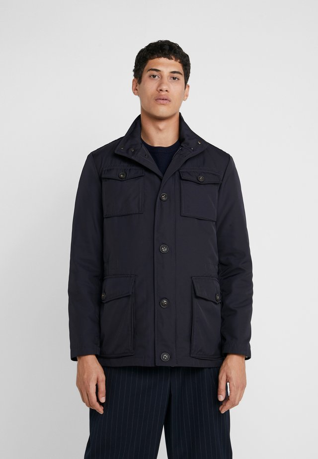FIELD JACKET - Lett jakke - navy