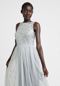 Lace & Beads Tall - PICASSO MAXI - Společenské šaty - grey - 4