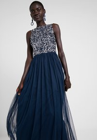 Lace & Beads Tall - PICASSO MAXI - Iltapuku - navy - 5