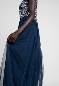 Lace & Beads Tall - PICASSO MAXI - Iltapuku - navy - 4