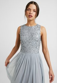 Lace & Beads Petite - PICASSO - Occasion wear - grey - 3