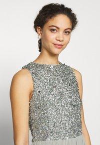 Lace & Beads Petite - PICASSO - Společenské šaty - sage - 5