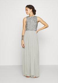 Lace & Beads Petite - PICASSO - Společenské šaty - sage - 0