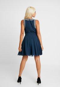 Lace & Beads Petite - DUNYA DRESS - Robe de soirée - navy - 3