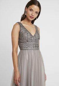 Lace & Beads Petite - MULANI MAXI - Společenské šaty - stone - 5