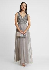 Lace & Beads Petite - MULANI MAXI - Společenské šaty - stone - 2