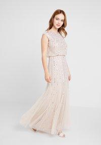 Lace & Beads Petite - MAXI - Robe de soirée - blush - 1