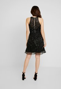 Lace & Beads Petite - RALEIGH SKATER - Cocktailkjole - black - 3