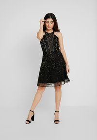 Lace & Beads Petite - RALEIGH SKATER - Cocktailkjole - black - 2