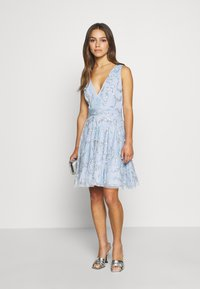 Lace & Beads Petite - AMARIS DRESS - Vestido de cóctel - light blue - 1