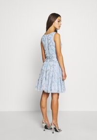 Lace & Beads Petite - AMARIS DRESS - Vestido de cóctel - light blue - 2