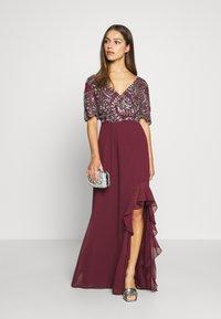 Lace & Beads Petite - JANI  - Suknia balowa - burgundy - 1