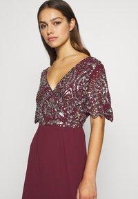Lace & Beads Petite - JANI  - Suknia balowa - burgundy - 5