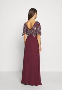 Lace & Beads Petite - JANI  - Suknia balowa - burgundy - 2
