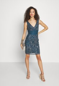 Lace & Beads Petite - SELINA DRESS - Cocktailkjole - teal - 1