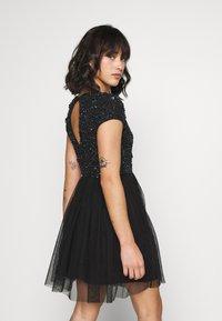 Lace & Beads Petite - NESSIA - Juhlamekko - black iridescent - 2