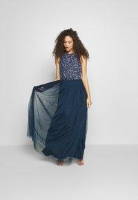 Lace & Beads Petite - PICASSO - Společenské šaty - navy - 1
