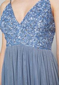 Lace & Beads Petite - IRINA MIDI - Juhlamekko - dusty blue - 5