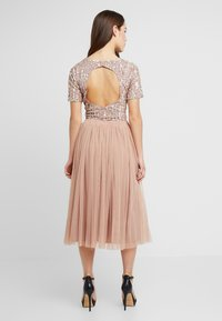 Lace & Beads Petite - LETTY - Bluse - mink - 2