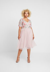 Lace & Beads Curvy - EDA - Occasion wear - pink - 1