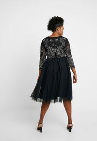Lace & Beads Curvy - BONITA MIDI - Společenské šaty - black - 3