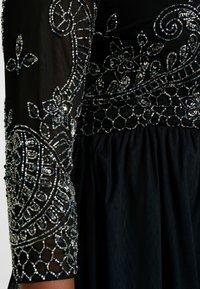 Lace & Beads Curvy - BONITA MIDI - Galajurk - black - 6
