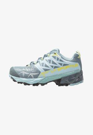 AKYRA WOMAN GTX - Běžecké boty do terénu - slate/sulphur