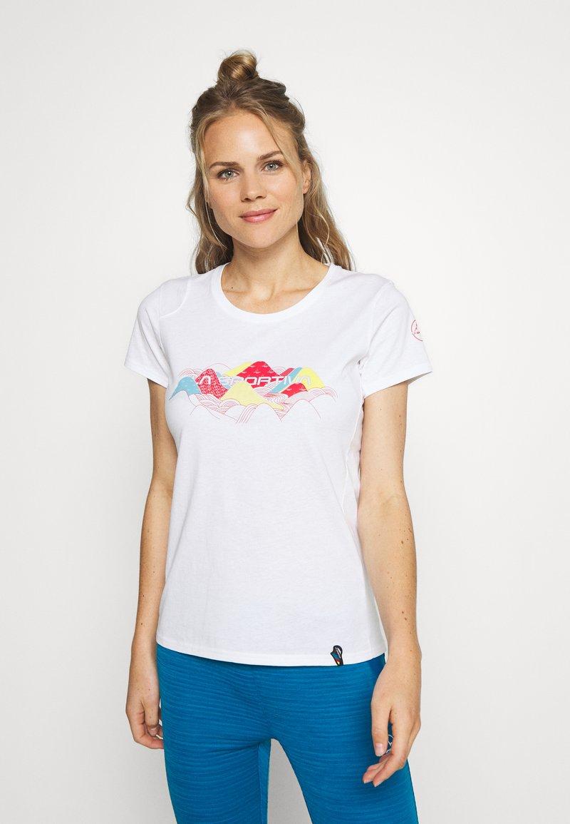La Sportiva - HILLS - T-shirts med print - white