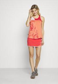 La Sportiva - COMET SKIRT - Sports skirt - hibiscus/flamingo - 1