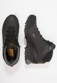 La Sportiva - STREAM GTX - Obuwie hikingowe - black/yellow - 1