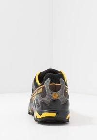 La Sportiva - ULTRA RAPTOR - Trail hardloopschoenen - black/yellow - 3