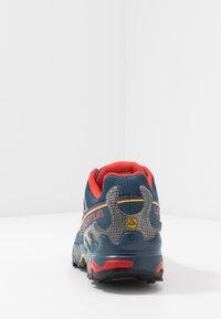 La Sportiva - ULTRA RAPTOR GTX - Trail hardloopschoenen - opal/poppy - 3