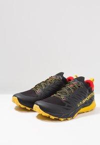 La Sportiva - KAPTIVA - Scarpe da trail running - black/yellow - 2